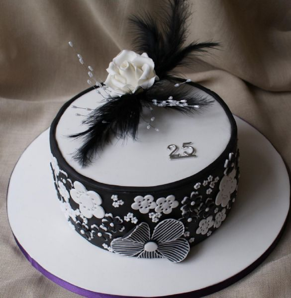 Cake Decorating Classes Tyne And Wear : Class Cakes - Wedding Cake Maker in Rowlands Gill (UK ...