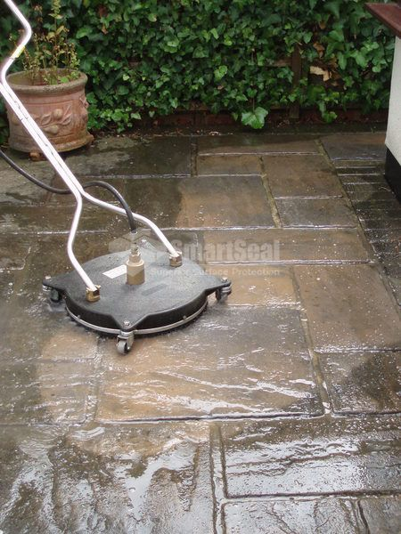 Pavebrite driveway cleaning company in ely uk for Driveway cleaning companies
