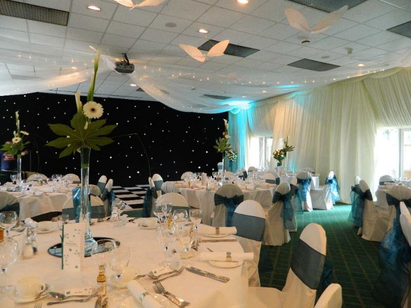 Party linen wedding decorator in moulton northampton uk party linen provides a professional wedding reception decoration junglespirit Choice Image