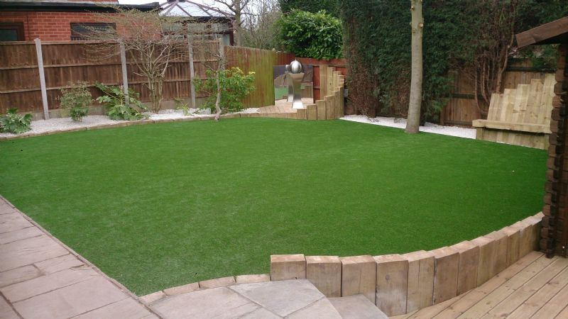 Pro mats flooring supplier in four oaks sutton for Garden decking and grass