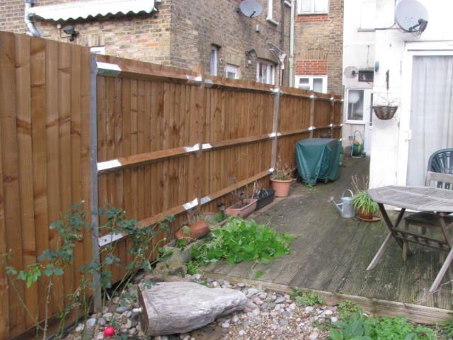 South east london garden maintenance and fencing for Garden maintenance london