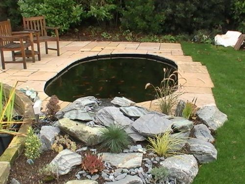Green room gardens landscape gardener in needingworth for Garden pond edging