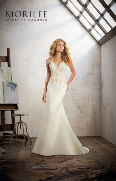 Wedding dress for sale with veil and from berketex bridal shop would fix size corset style back, been professionally dry cleaned Paid £ looking for £ ono See all responses 3 7.