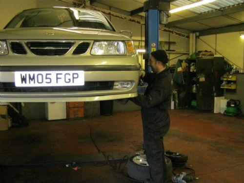 Rhodes Auto Sales: Chris Noyland & Bill Rhodes Ltd, Sheffield