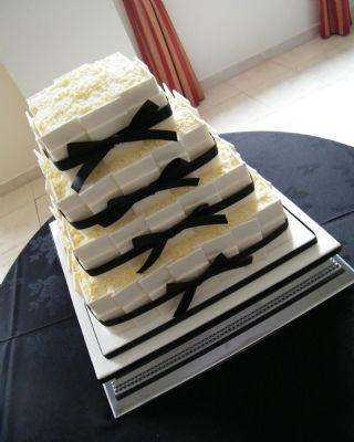 Birthday Cakes Leighton Buzzard