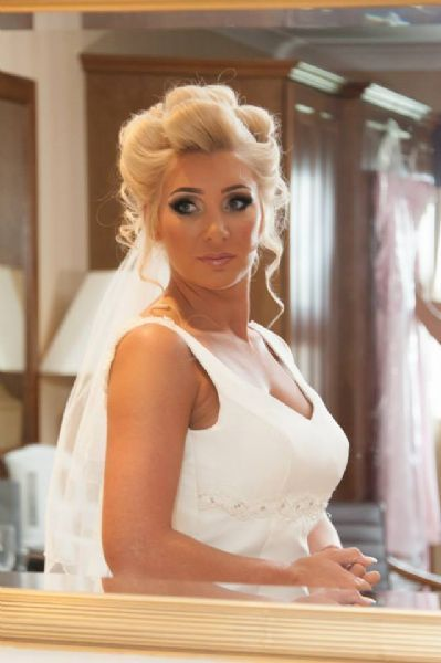 Pinup - Wedding Hair and Makeup Artist in Hoyland, Barnsley (UK)