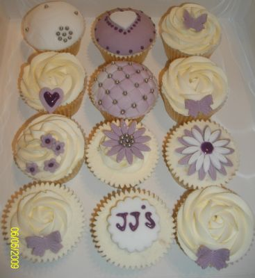 Cake Decorating Course Rugby : JJ s Cakes - Cupcake Maker in Rugby (UK)