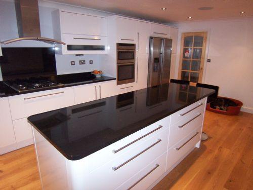 nufit kitchen fitter in wokingham uk. Black Bedroom Furniture Sets. Home Design Ideas