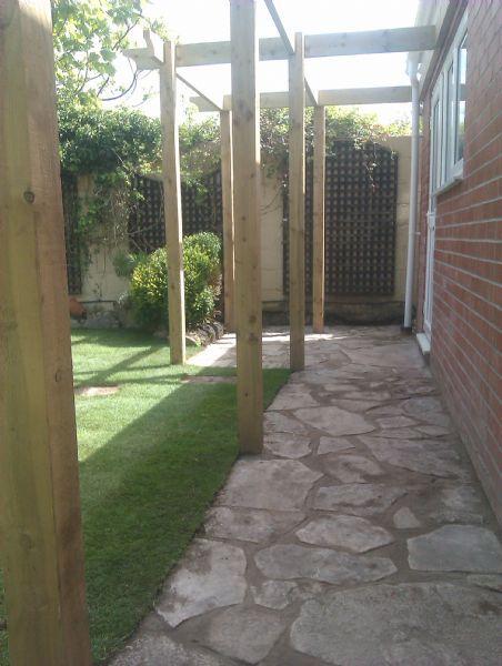 Bh garden solutions landscape gardener in christchurch uk for Gardening services christchurch