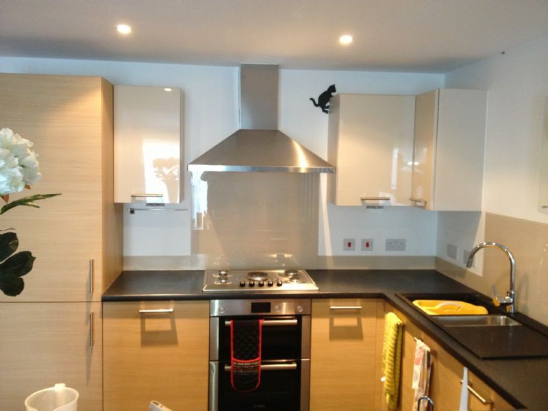 Uk Splashbacks Glass Splashbacks And Worktops Supplier