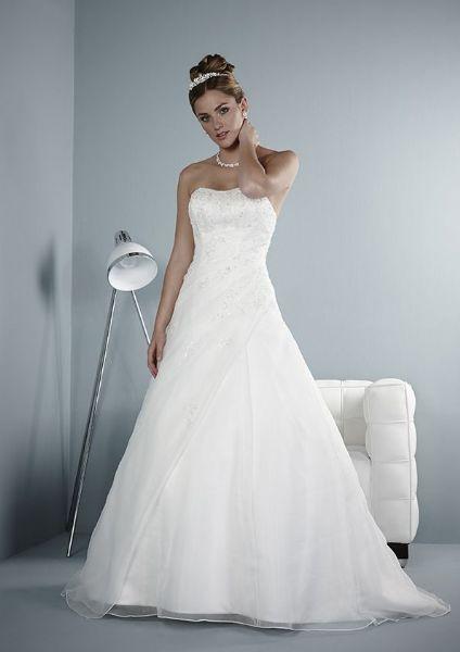 Nancy Jane Brides - Wedding Dress Shop in Stretford, Manchester (UK)