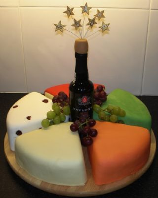 Marys Cakes For You Wedding Cake Maker in Derby UK