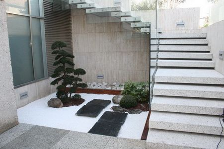 The japanese garden landscape design in harlesden for Patios minimalistas