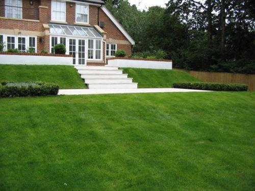 Leaf garden design garden designer in chalfont st peter for Split level garden designs