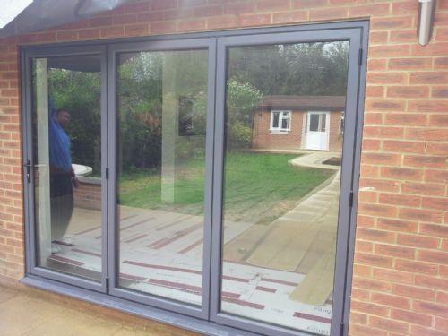 Hanworth glazing double glazing company in southall uk for Double glazing companies
