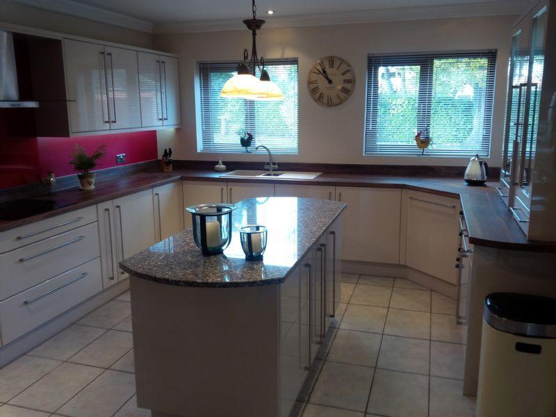 Jpl Designs Ltd Coventry 23 Reviews Kitchen Designer
