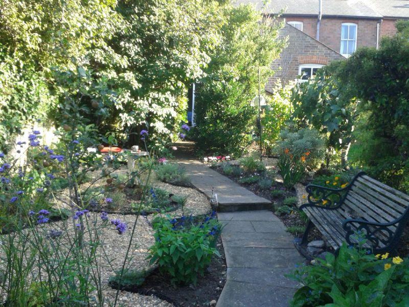 Christine barve garden design garden designer in for Garden design qualifications
