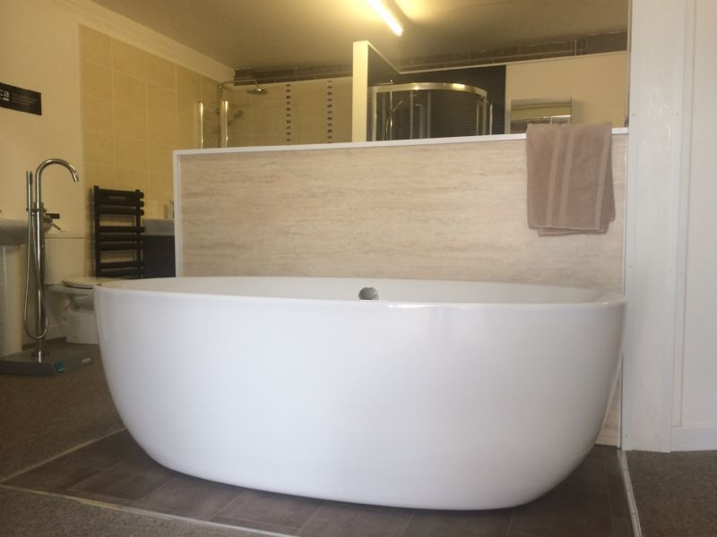 Mdb Property Renovations Ltd T A Aquapura Kitchens And Bathrooms Bathroom Fitter In Silverton