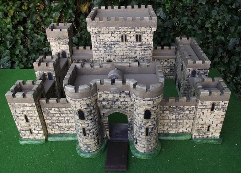 Toy Castle Show : The toy castle emporium manufacturer in sale uk