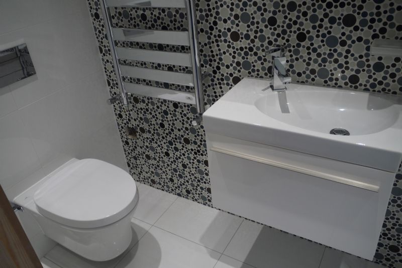 Mucky duck bathrooms bathroom company in swallownest sheffield uk Bathroom design and installation sheffield
