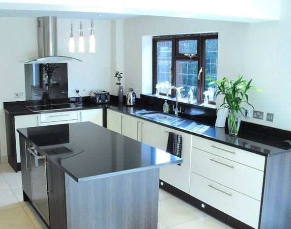 regal kitchens kitchen designer in chelmsford uk. Black Bedroom Furniture Sets. Home Design Ideas