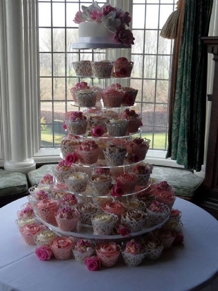 Cake Decorating Course Stoke On Trent : Tiers of Affection - Wedding Cake Maker in Newchapel ...