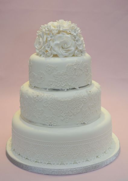 wedding cake makers doncaster area tiggi cake designs cake maker in thorpe in balne 23132