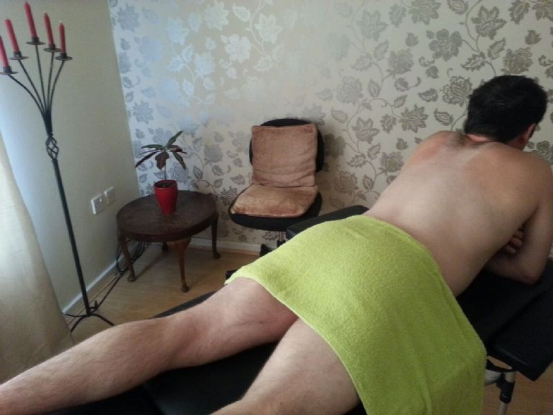 Online dating offer to massage feet