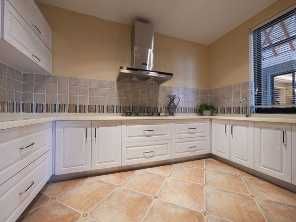 Kiwi contractors bathroom fitter in denham uxbridge uk for Bathroom design uxbridge