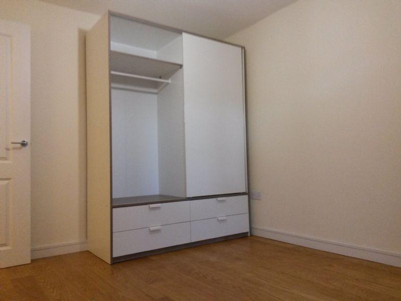 a m flat pack bristol flatpack furniture assembler freeindex. Black Bedroom Furniture Sets. Home Design Ideas