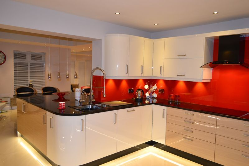 Inhouze Dezign Kitchens Kitchen Designer In Doncaster Uk