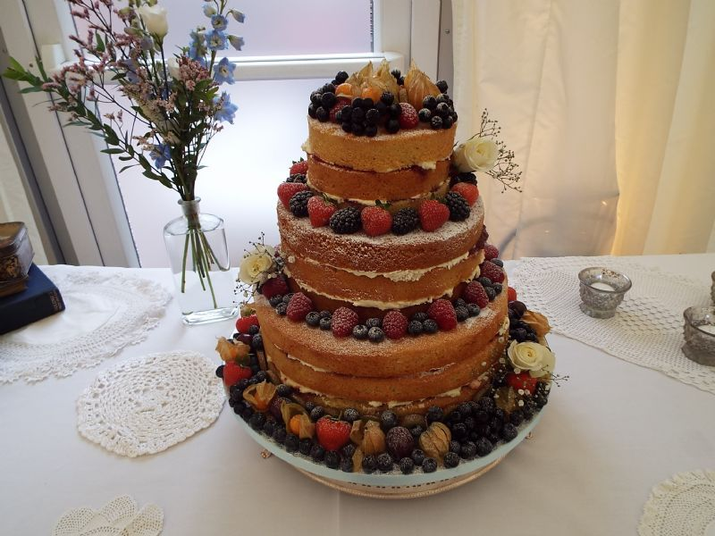 wedding cake makers in redditch gails cake pantry wedding cake maker in redditch uk 23169