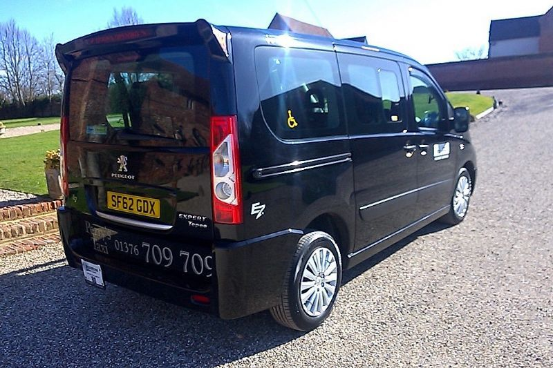 Perry 39 S Taxi Disabled Taxi Company In Braintree Uk