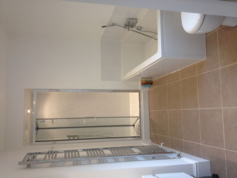 Qube Bathrooms And Property Maintenance Bathroom Fitter In Bristol Uk