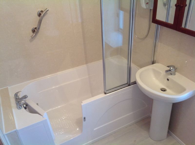 alba bathrooms bathroom designer in glasgow uk
