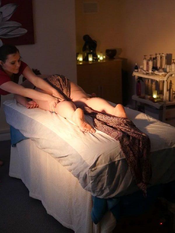 erotic massage in gloucester gl1