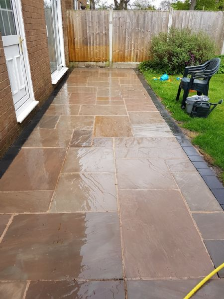 Facelift drives driveway cleaning company in wirral uk for Driveway cleaning companies