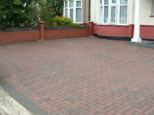 P d c services driveway cleaning company in southall uk for Driveway cleaning companies