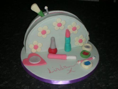 Cake Decorating Company Leeds : Taste The Dream bespoke cake design - Occasion Cake Maker ...