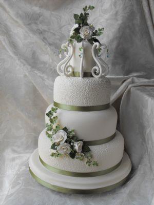 kc wedding cakes wedding cake maker in tetney grimsby uk. Black Bedroom Furniture Sets. Home Design Ideas