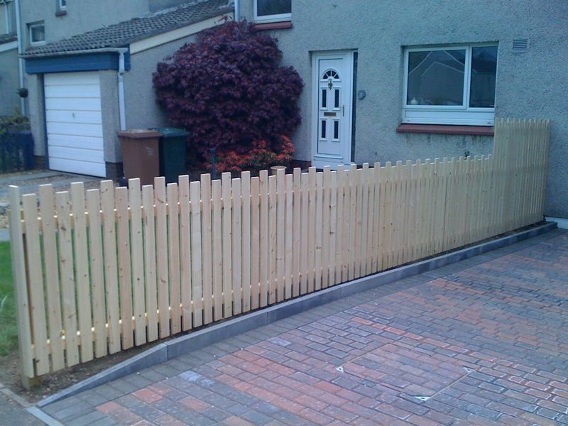 Timber Fence Fencing Contractor In Edinburgh Uk